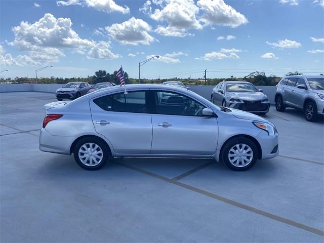 2017 Nissan Versa - Image 3