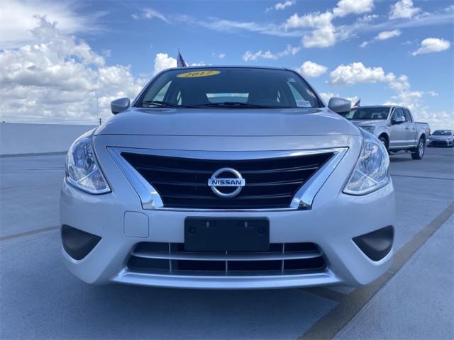 2017 Nissan Versa - Image 12
