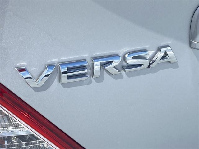 2017 Nissan Versa - Image 16