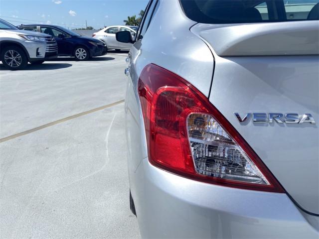 2017 Nissan Versa - Image 17