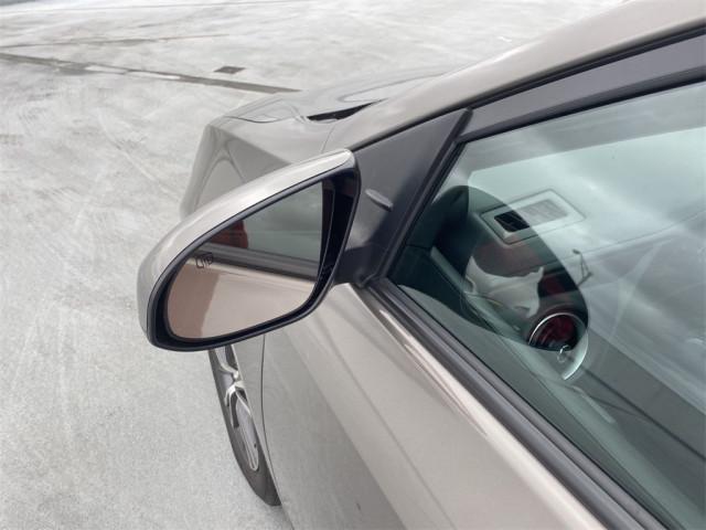 2019 Toyota Corolla - Image 9