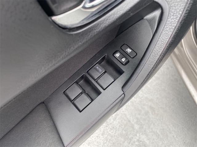 2019 Toyota Corolla - Image 19