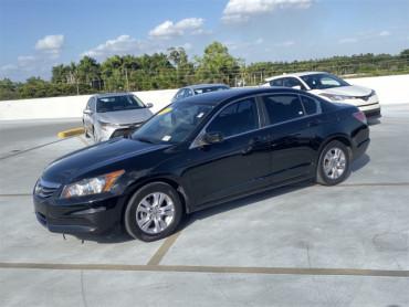2012 Honda Accord 2.4 4D Sedan - P5692A - Image 1