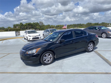 2012 Honda Accord 2.4 4D Sedan - P5692A - Image 1